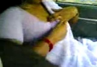 Kerala Aunty Shanthi boob Handling Omni Van