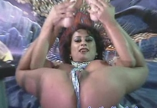 Indian Jayde striptease