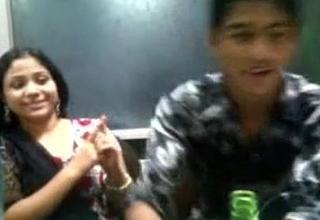 Sizzling Bagladeshi Girl Kiss round her boy frined