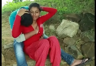 Desi couple intercourse in farm