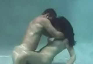 Underwater Hawt Sex (Full Video)